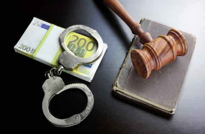 Schadevergoeding na vrijspraak of sepot